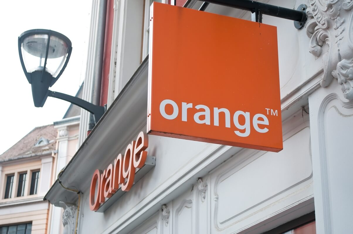Enseigne d'une boutique Orange en France